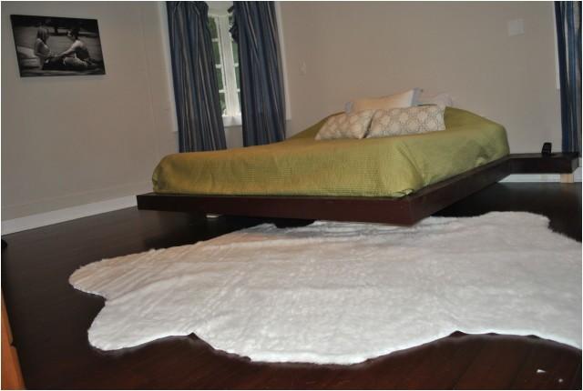 38414 8 x 10 rug under queen bed