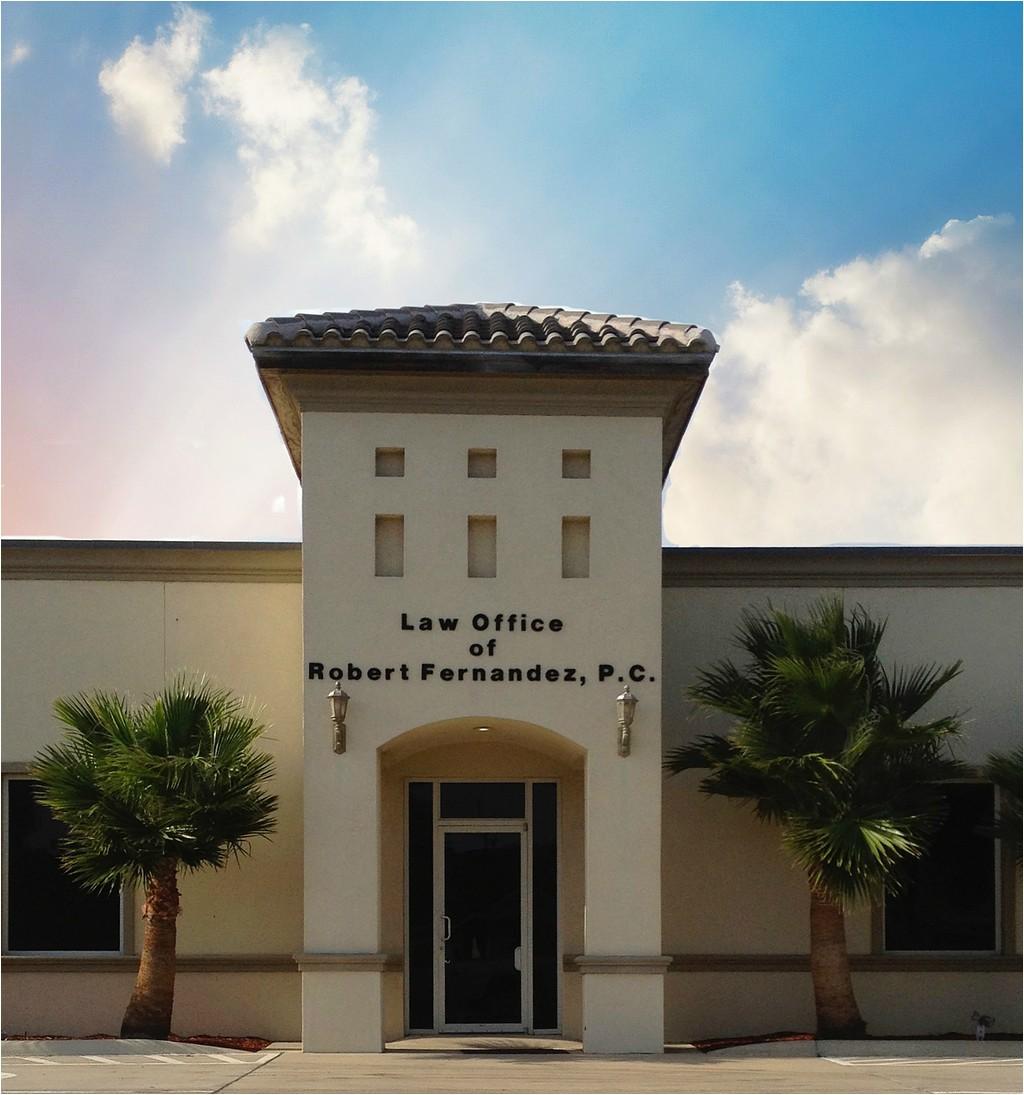 law office of robert fernandez