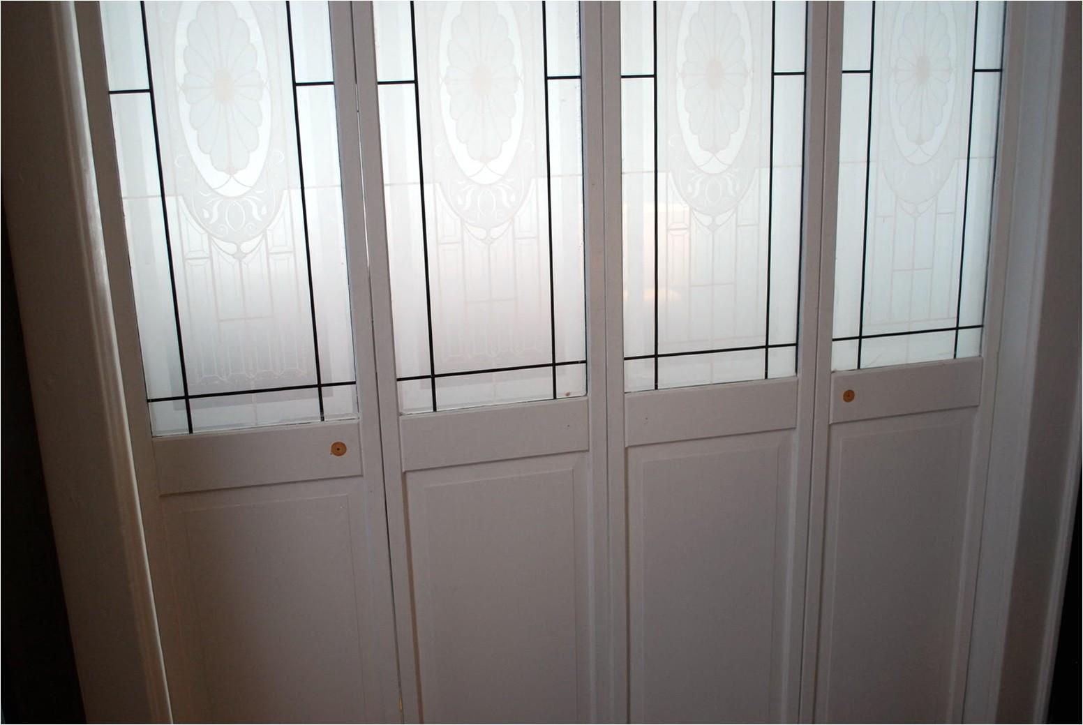 Bifold Door Knob Placement Adinaporter