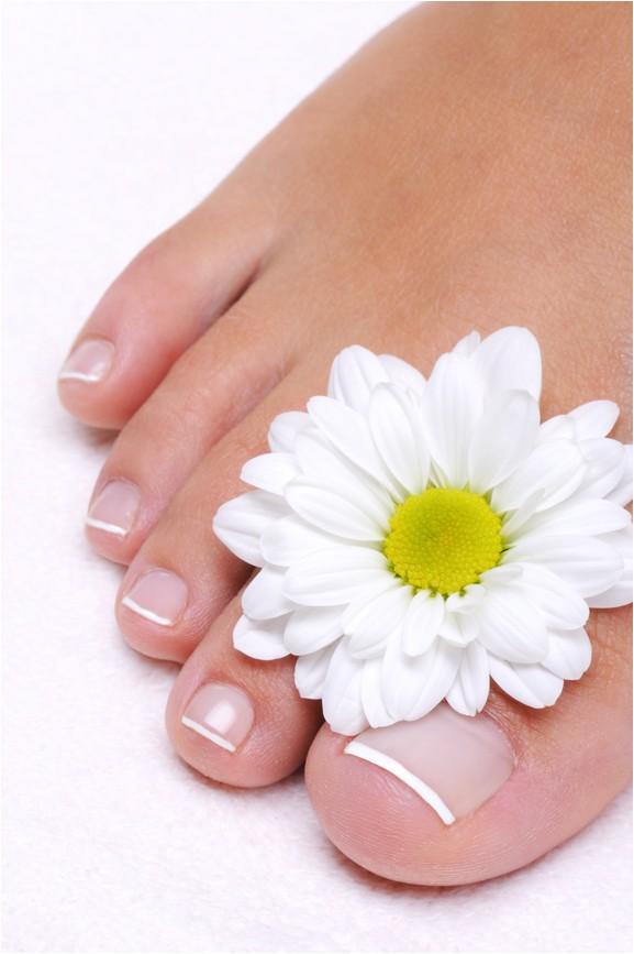 beat toenail fungus with colloidal