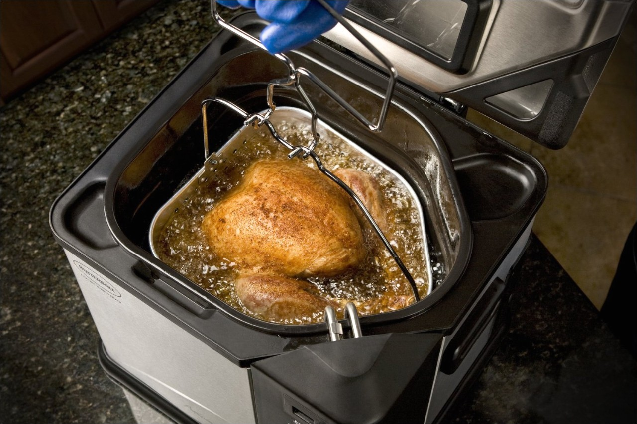 deep fried turkey recipe why you should never cook your thanksgiving bird