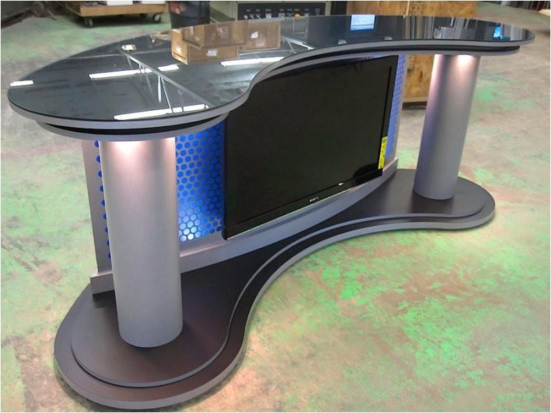 wide angle news desk