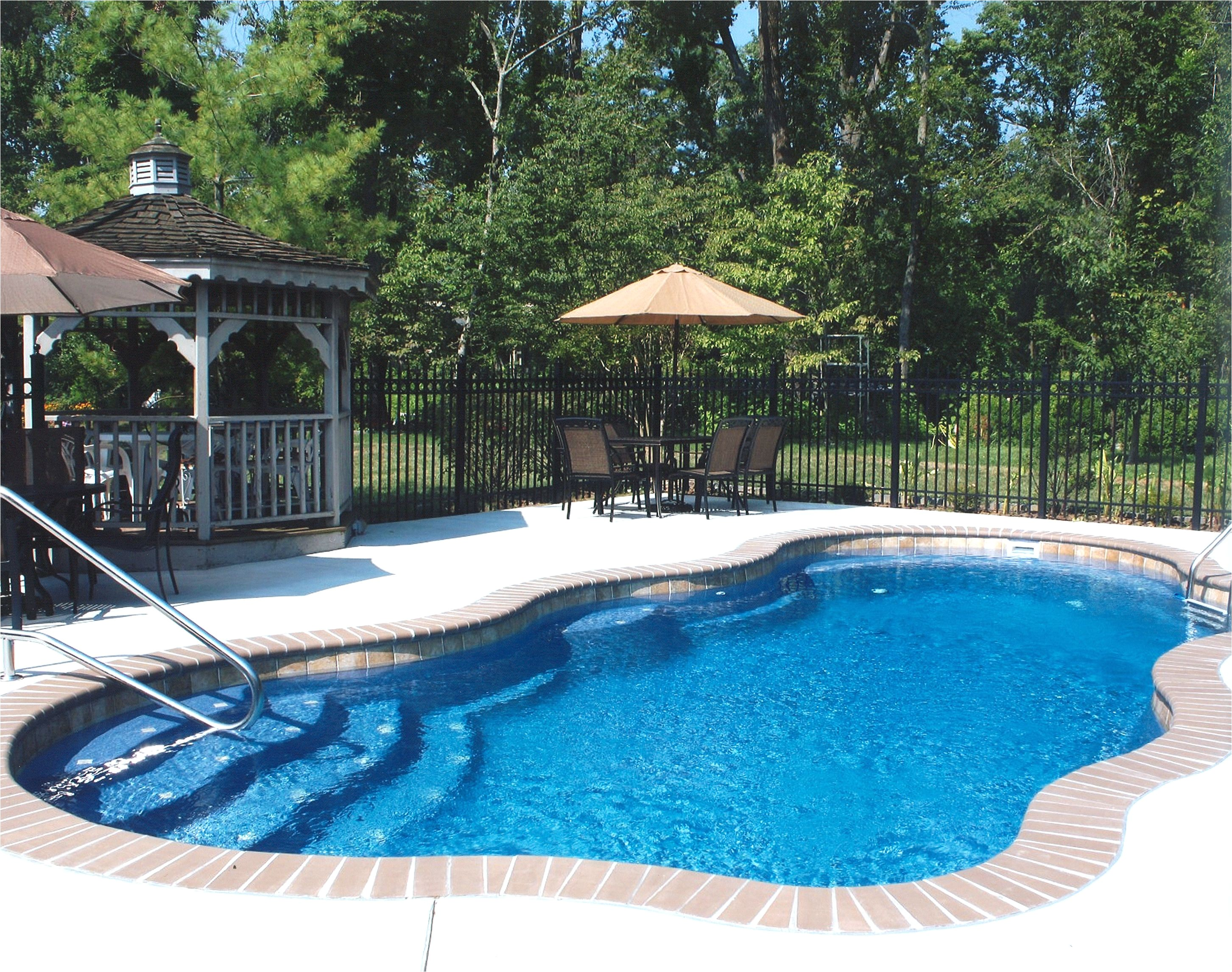 pictures of fiberglass pools fiberglass pool with water line tile and brick coping