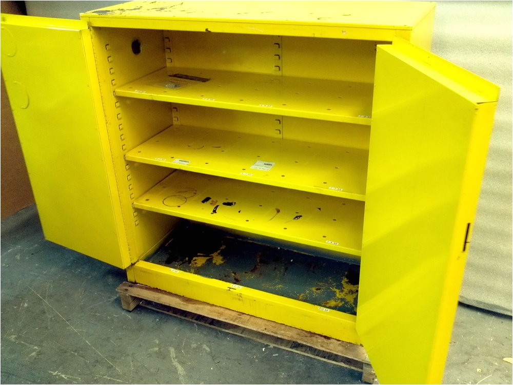 flammable storage cabinet venting