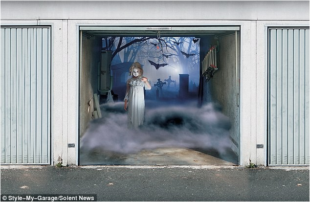 halloween 2011 spooky 3 d garage door covers thomas sassenbach
