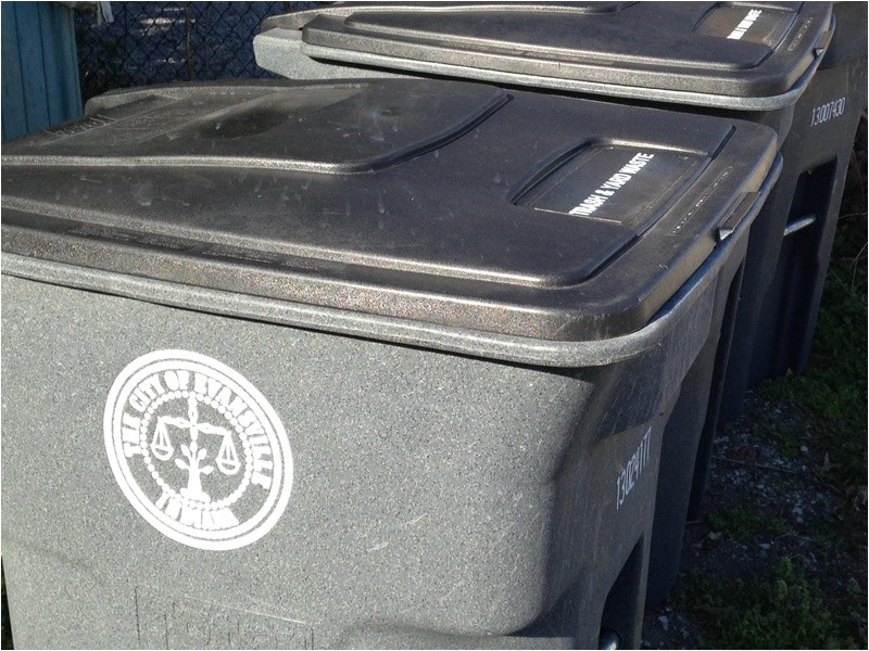 heavy trash pick up scheduled in evansville