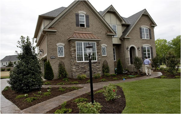 celebrate spring and newhome living homearama
