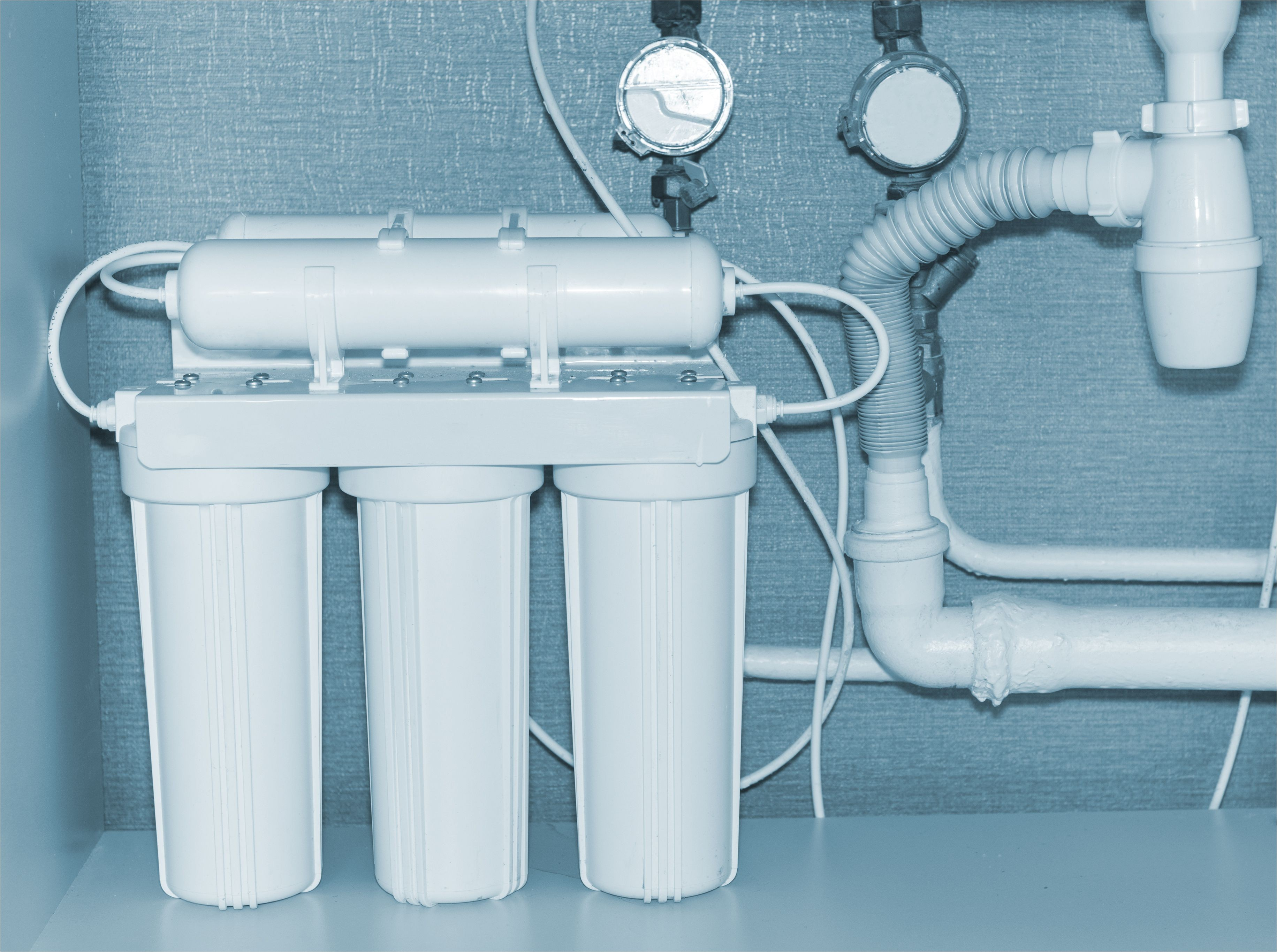 reverse osmosis water purification system 822463366 5ab1833d1d64040036e738a3 jpg
