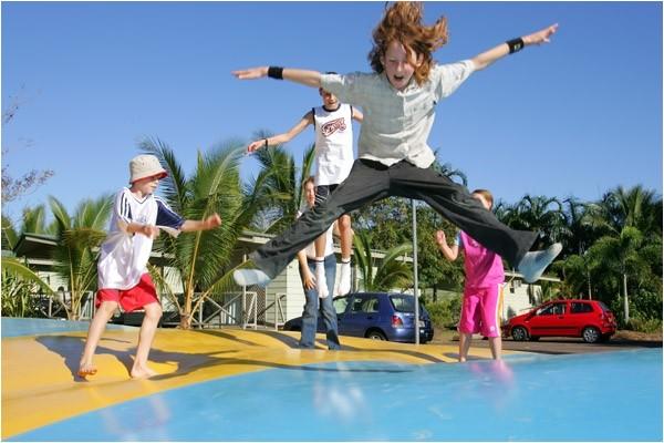 jumbo jumper jumping air pillow