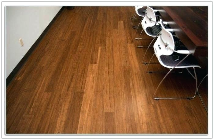 Laminate Flooring Good with Dogs Hardwood Versus Laminate Flooring Dogs Gurus Floor