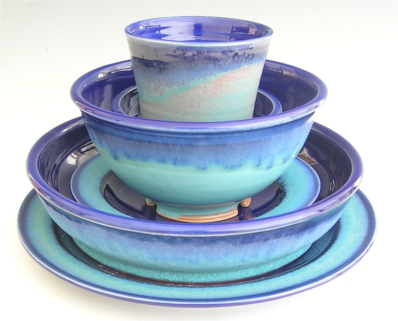 turquoise moss green dinner ware
