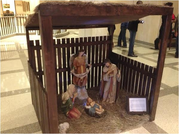 hobby lobby helped sponsor nativity scene in fla capitol 88304