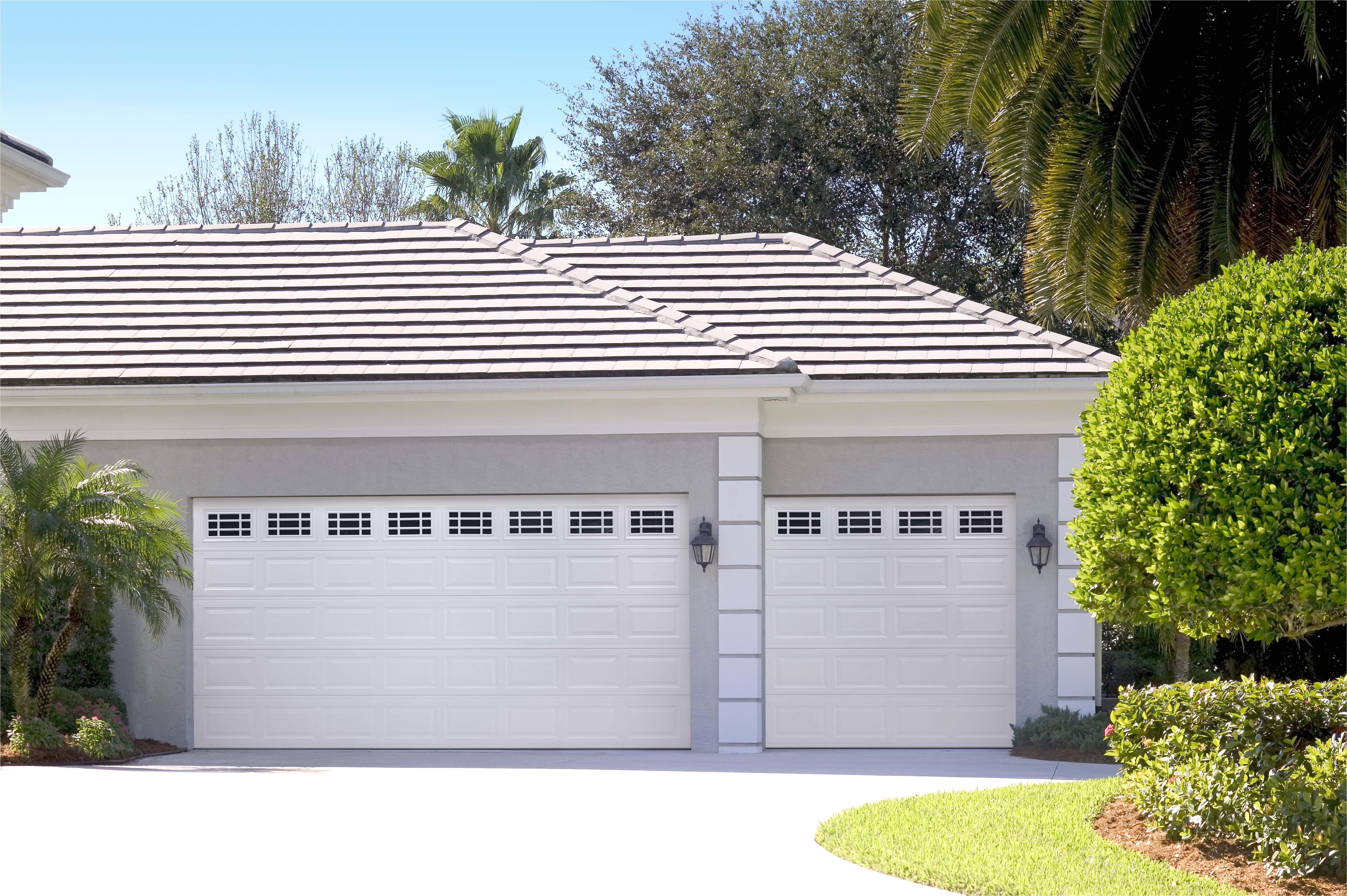 Overhead Door Company Lincoln Ne Amarr Short Panel Garage Door In True White with Prairie Windows