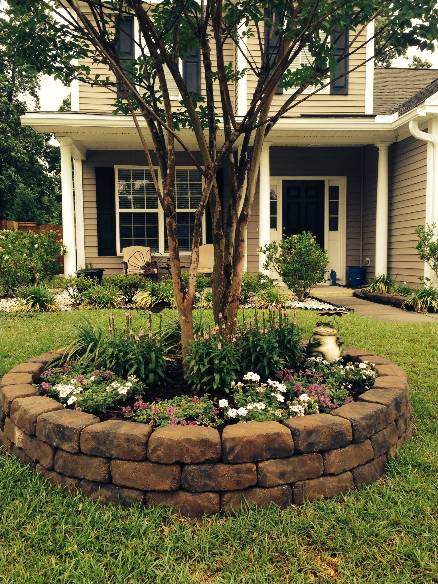 browse landscaping ideas discover eight landscape design rules and get tips from landscape design experts get design ideas for creating your dream front