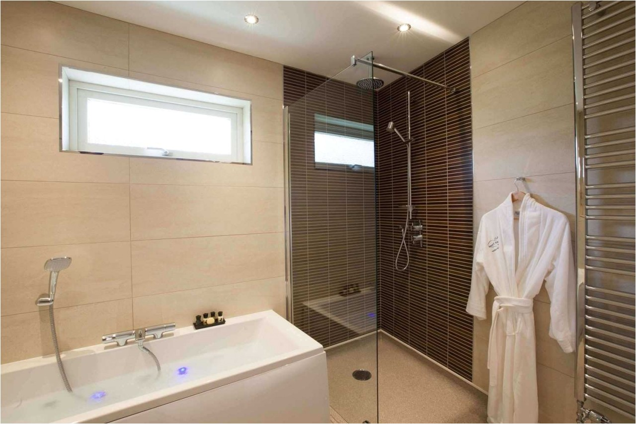 20 portable bathroom and shower gallery