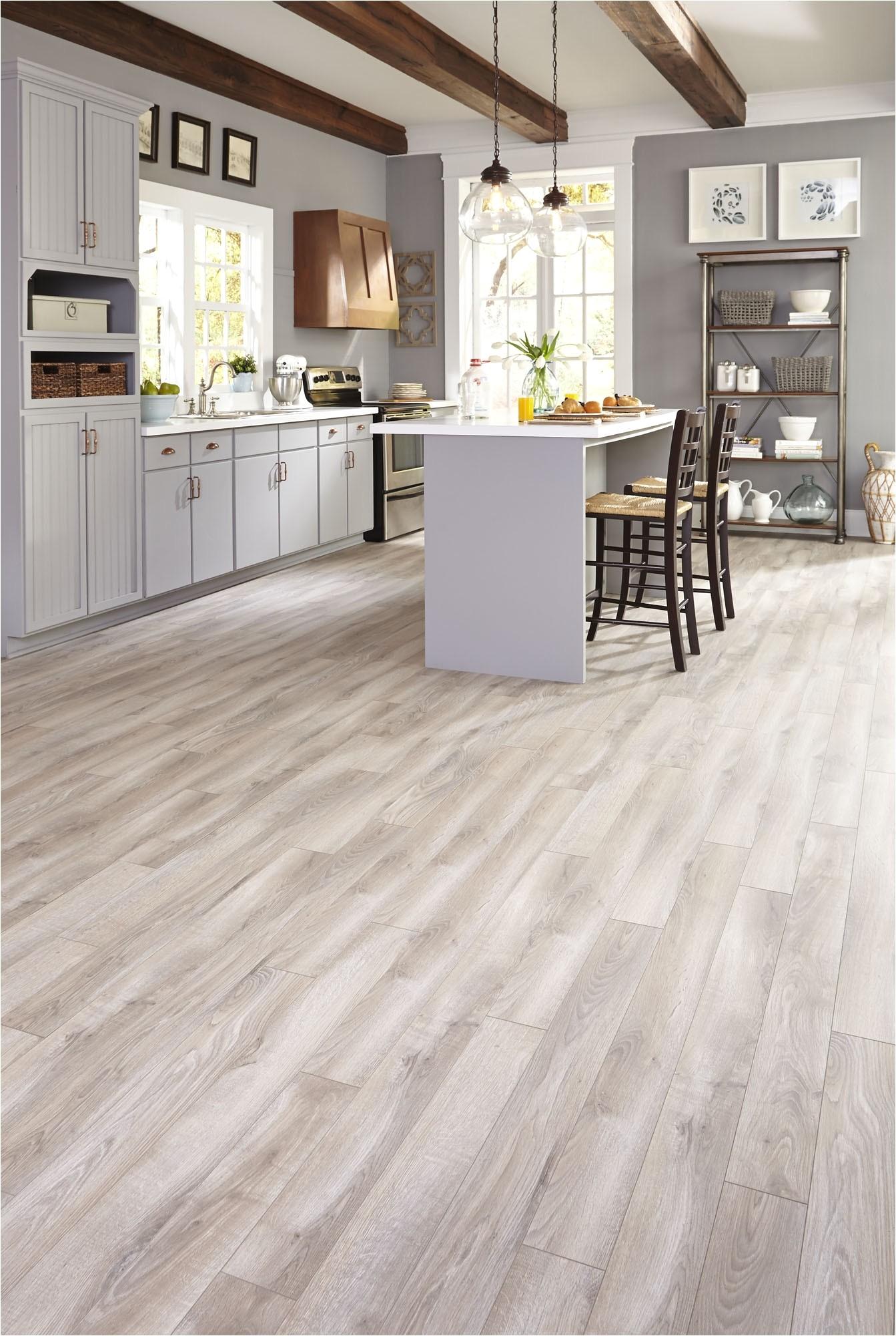 Premier Glueless Laminate Flooring Whitman Oak Premier Glueless Laminate Flooring Whitman Oak