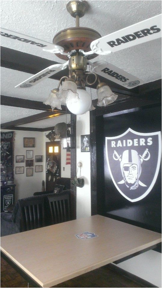 Raider Man Cave Ideas 424 Best Images About Big P 39 S Man Cave On Pinterest