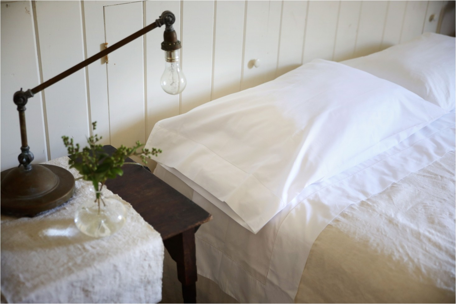 you don t need a fancy bedroom for sferra sheets their fine fabric and