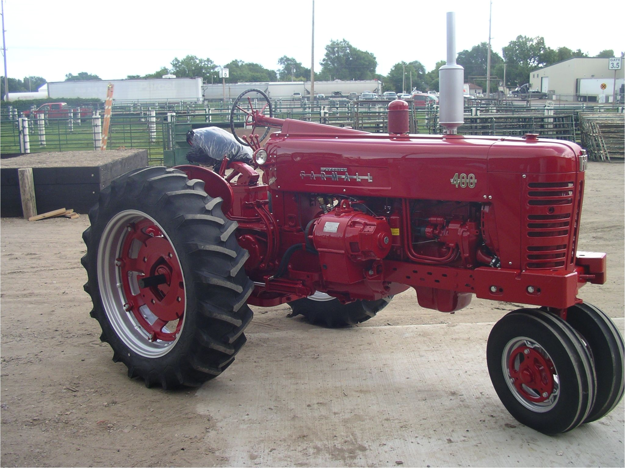 1955 farmall 400 with an optional electrall used to generate electrical power