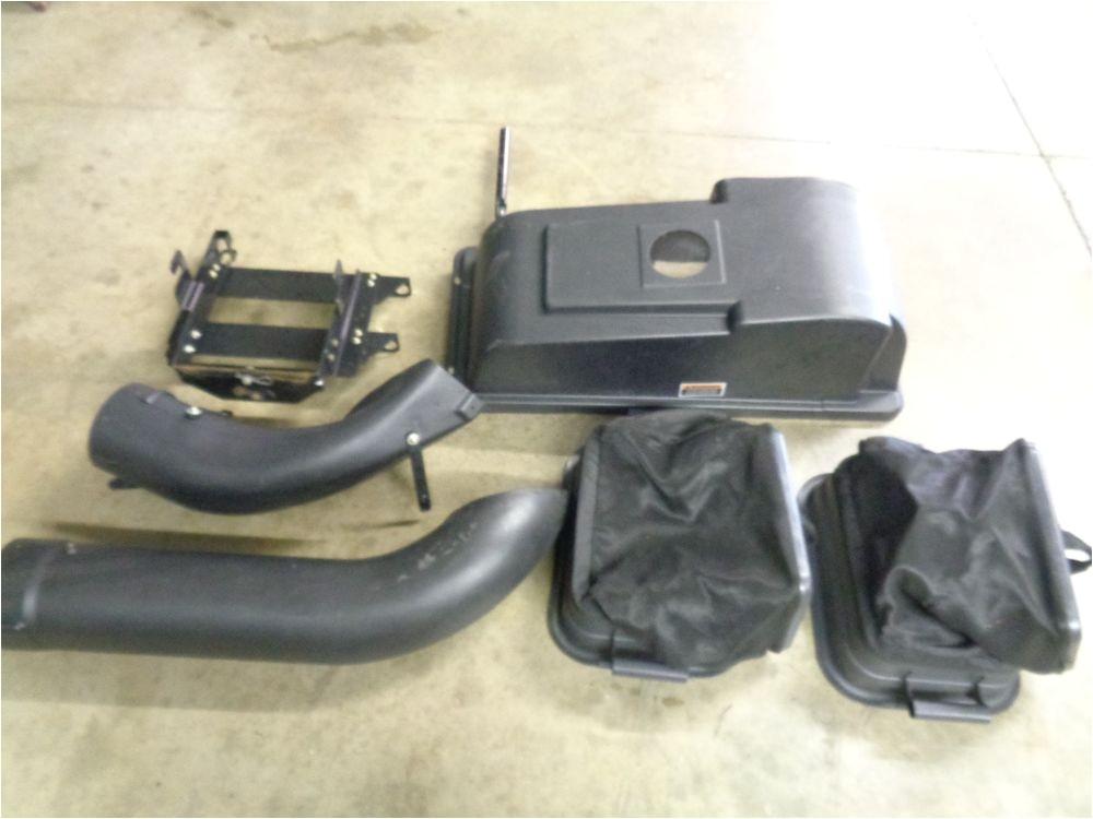 Troy Bilt Super Bronco 50 Bagger Troy Bilt Super Bronco Bagger for 3 Blade 46 Inch Decks 10
