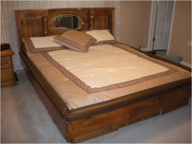 gorgeous like new waterbed 40064