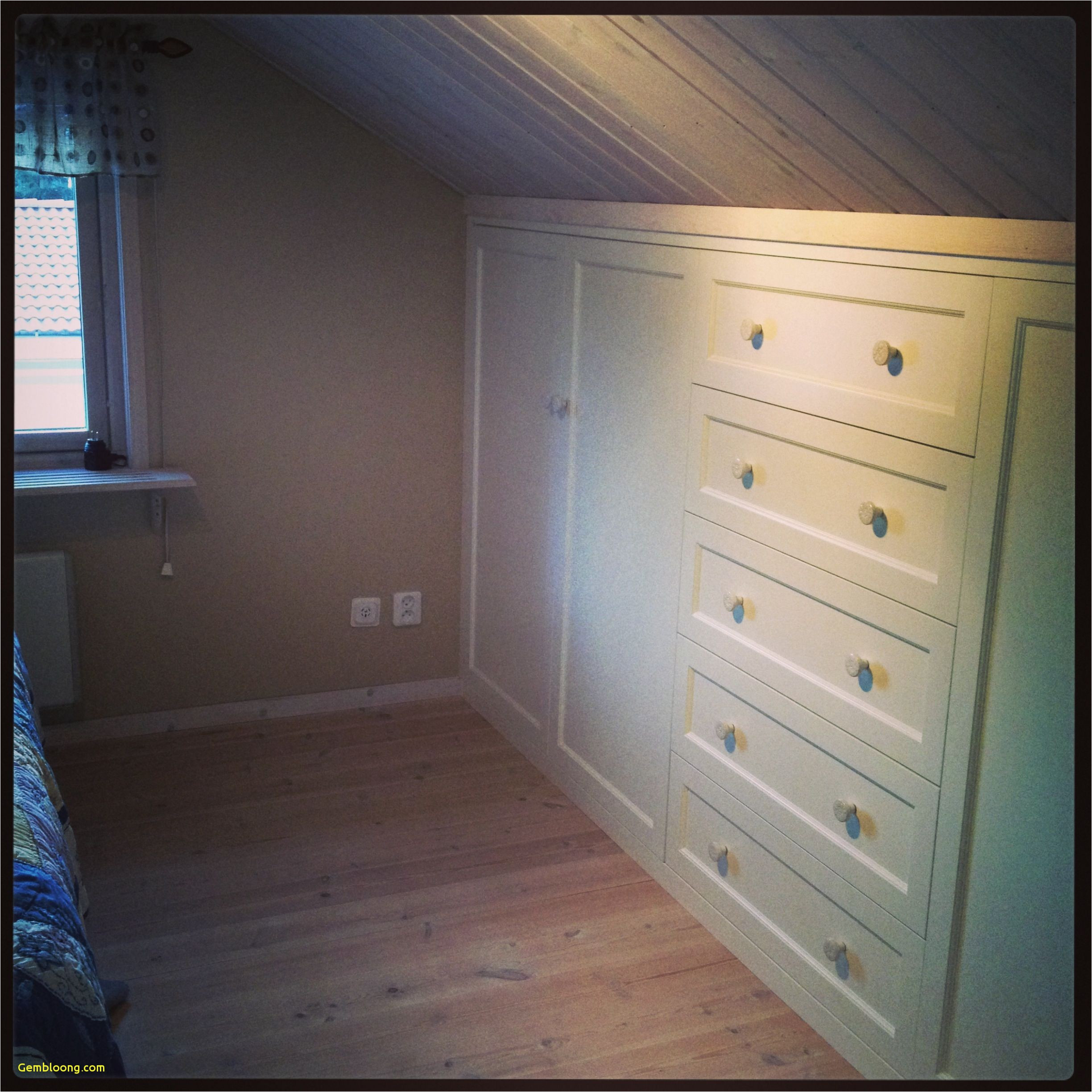 ideas about low ceiling bedroom built in closet for a slanted ceiling