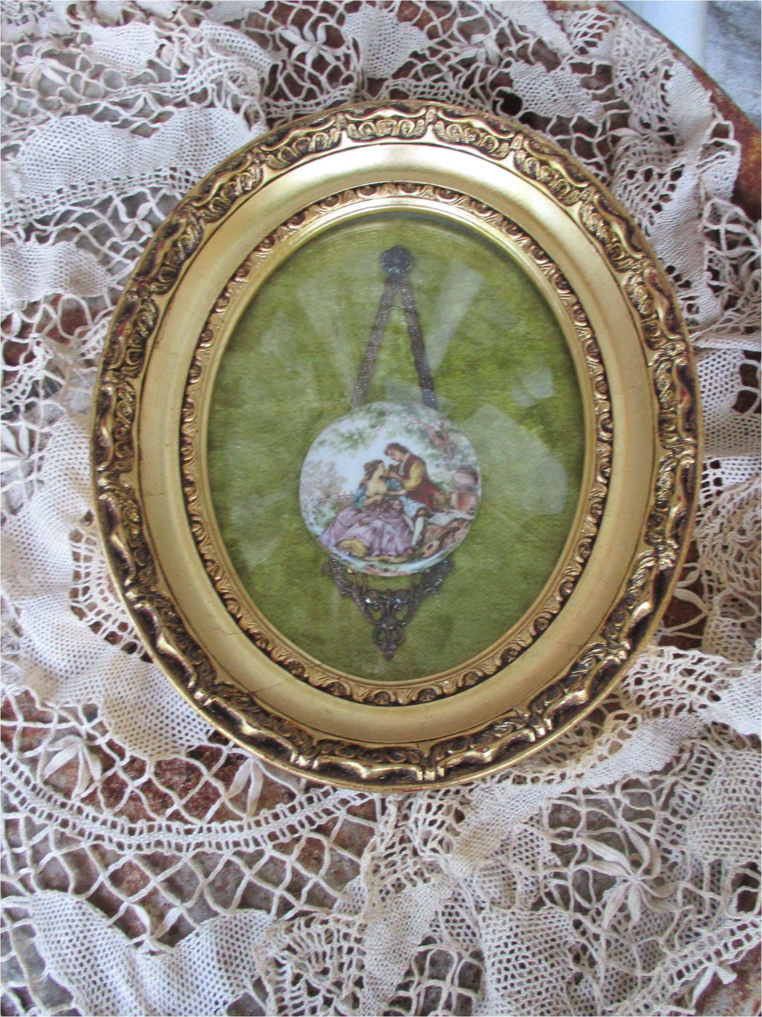 reduced vtg gold gesso framed porcelain fragonard style young lovers garden cameo button on velvet oval convex bubble glass picture frame by