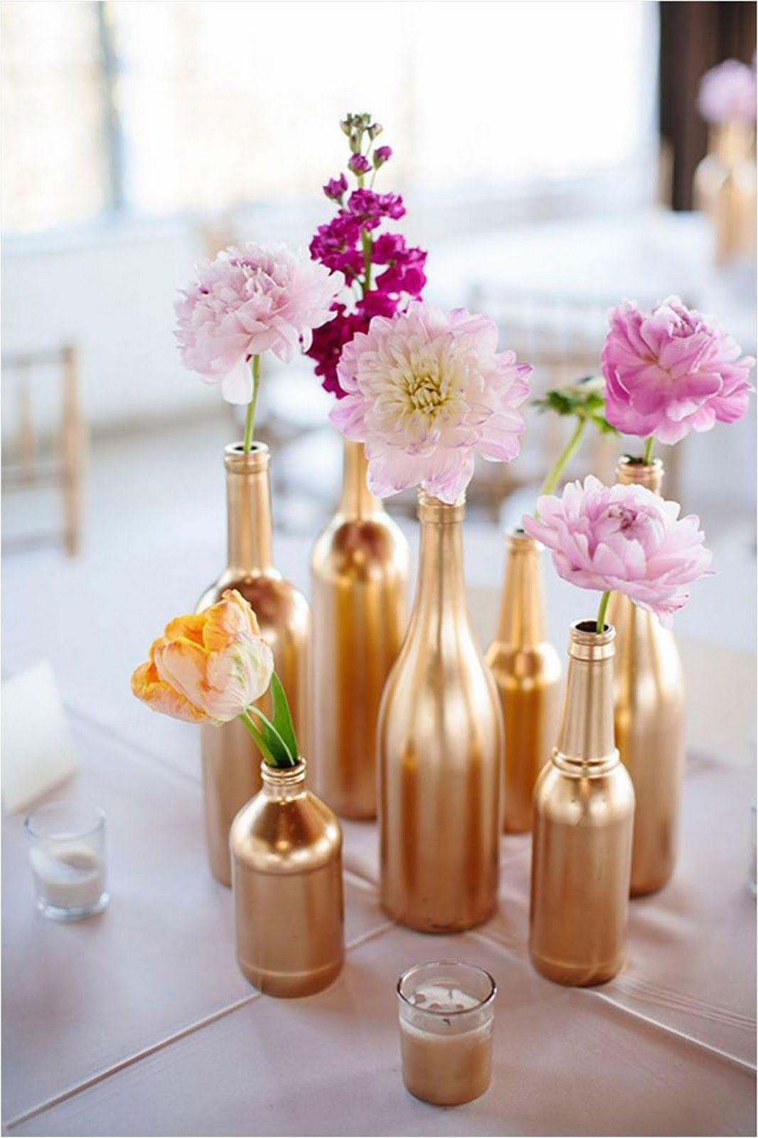 centros de mesa con botellas para boda centros de mesa