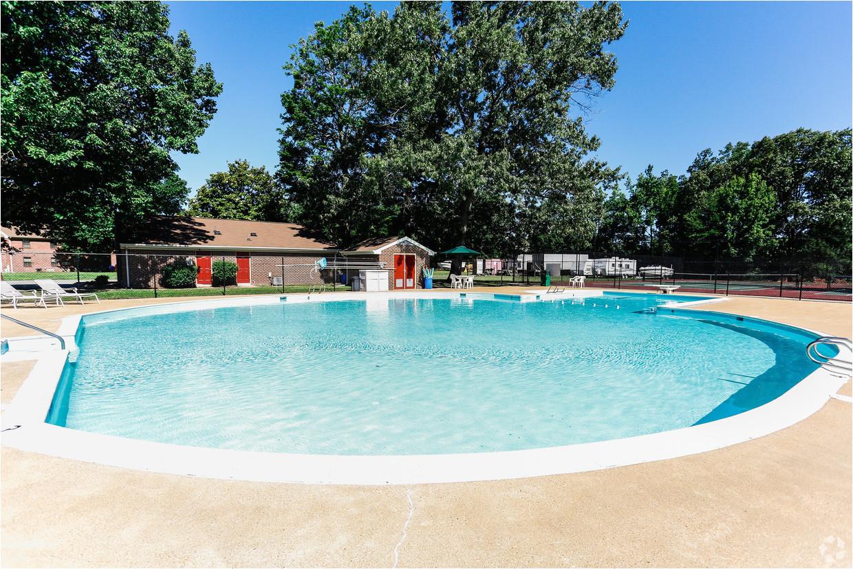 westwood apartments hampton va poolside jpg