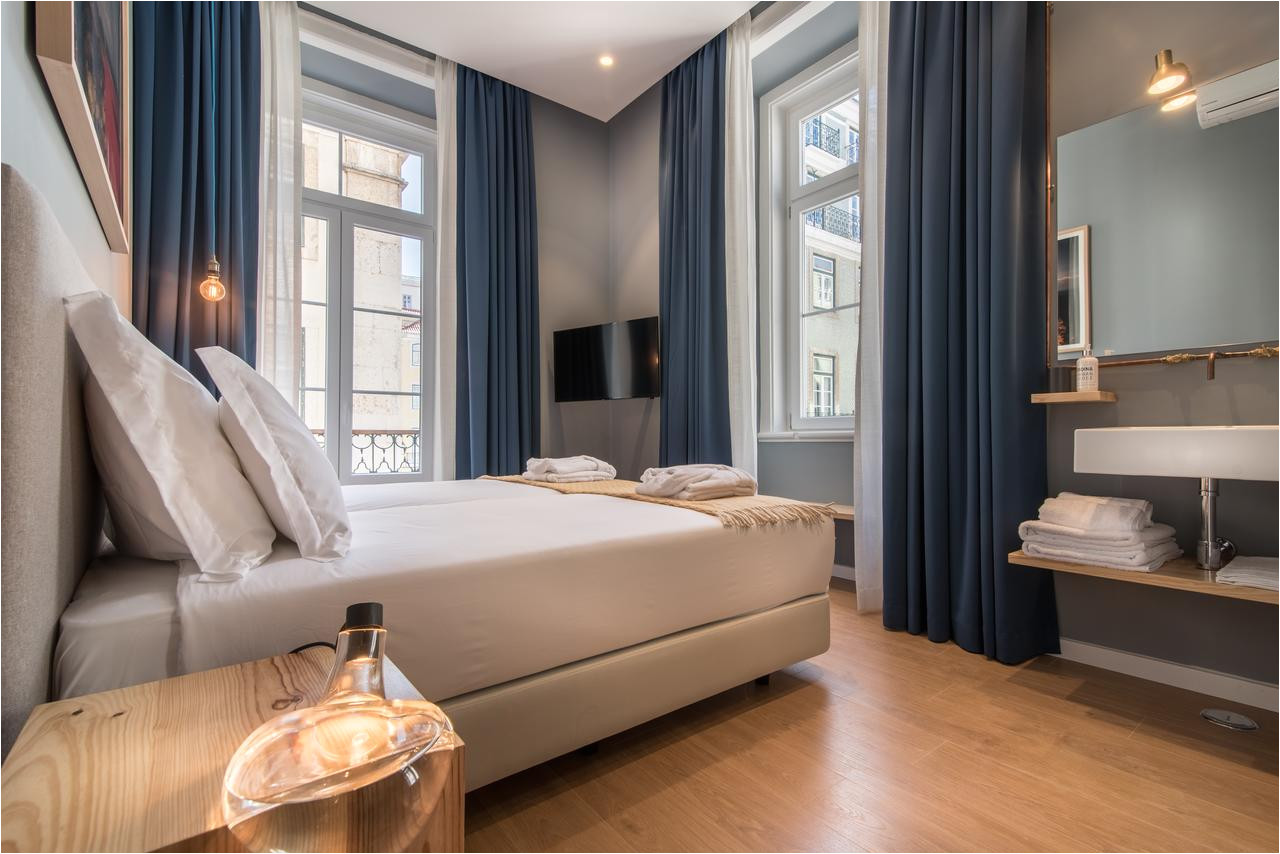 Bed and Breakfast In Lisbon Portugal Esqina Urban Lodge Lisbon Updated 2019 Prices