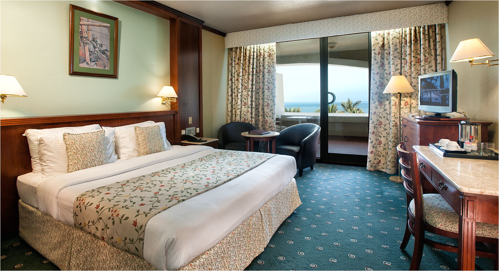 000 room sea view 1 sharjah grand hotel tcm21 116482 jpg