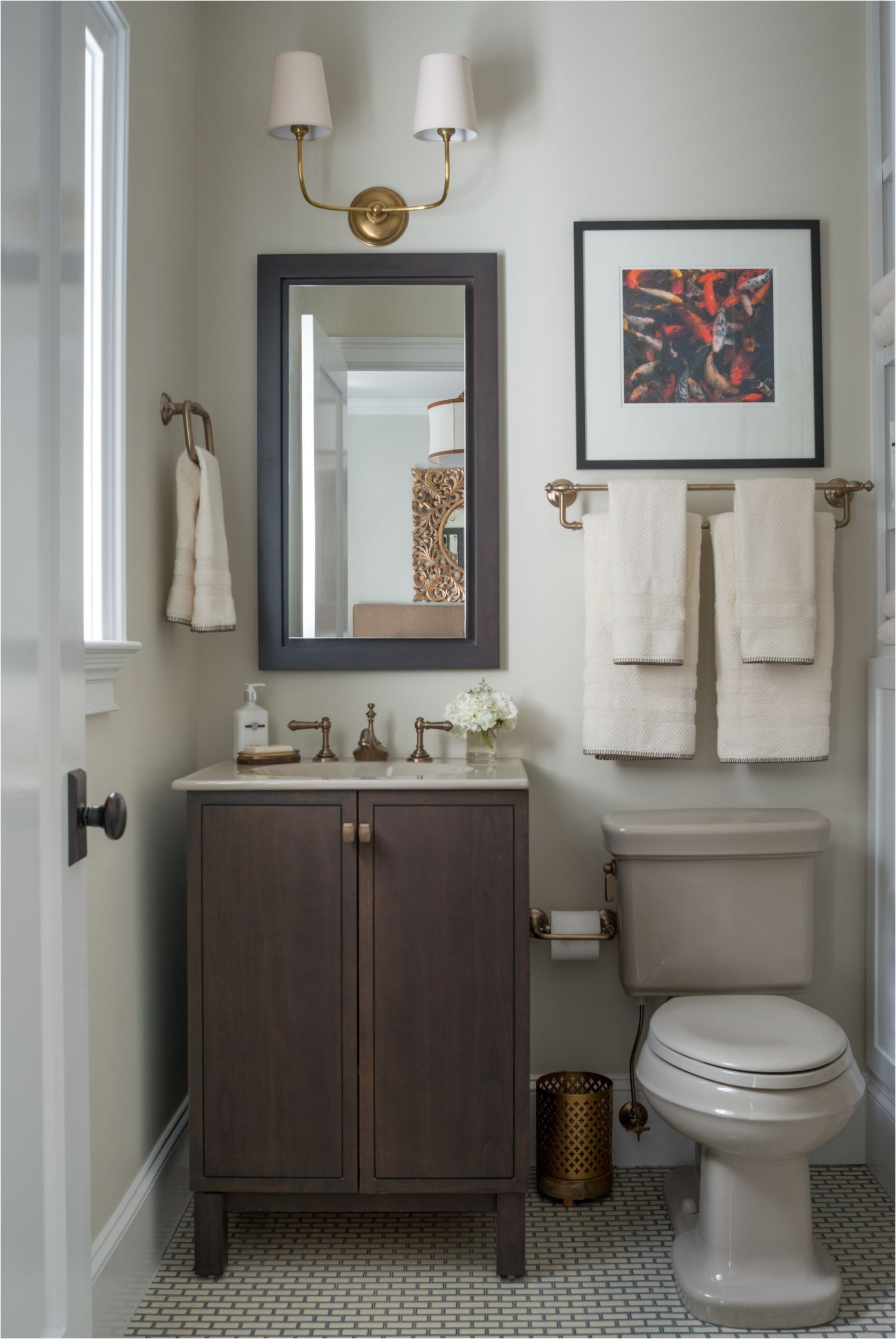 Benjamin Moore Winter Gray Bathroom Mondavihome Guest Bathroom with Benjamin Moore S Walls Aura Bath