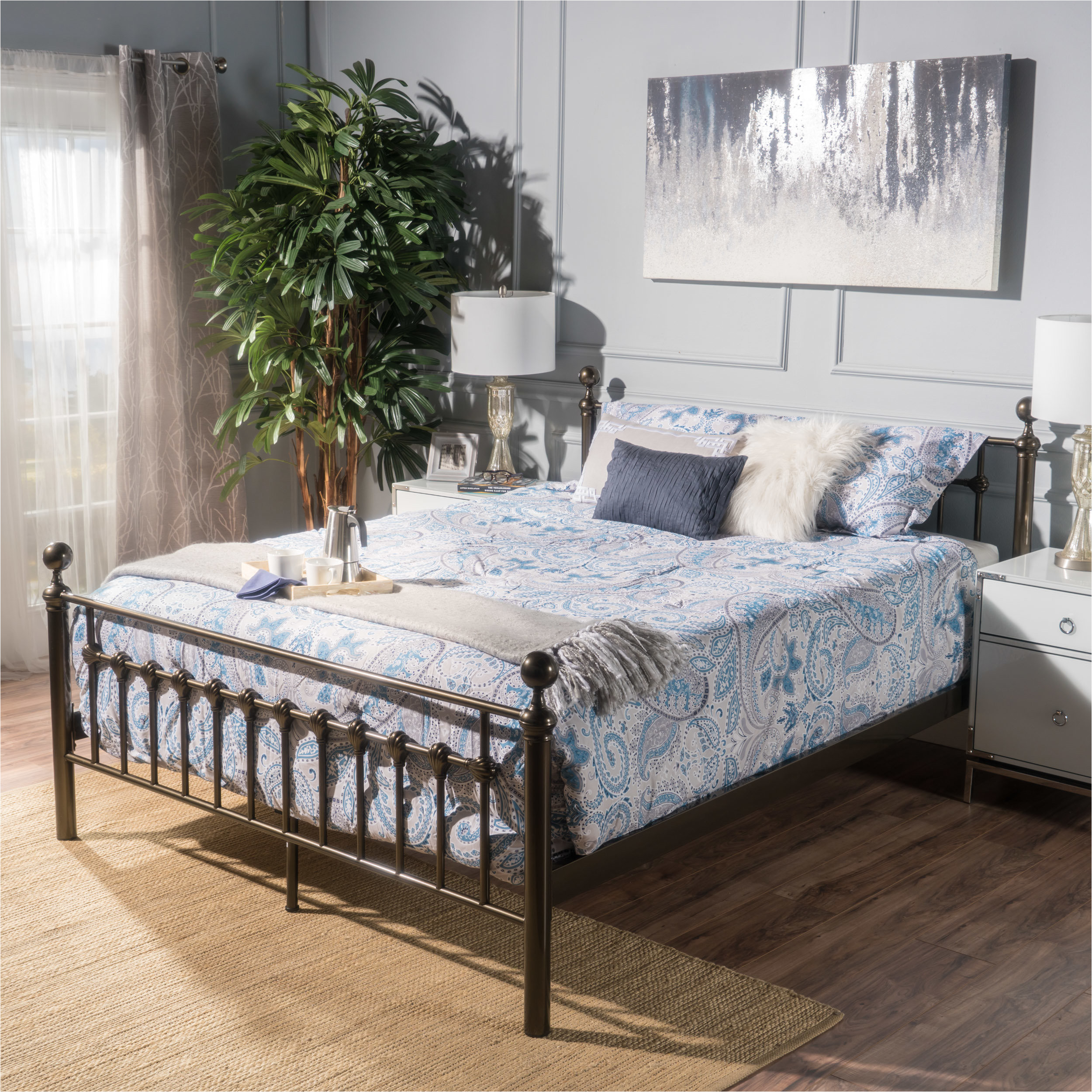 dominga platform bed