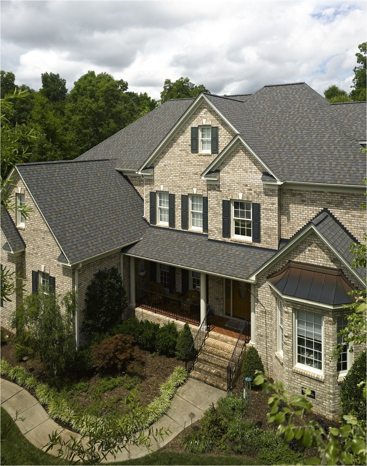 roofing photo gallery certainteed design center grand manor stonegate gray project exterior in 2019 pinterest house roof shingle colors and roof