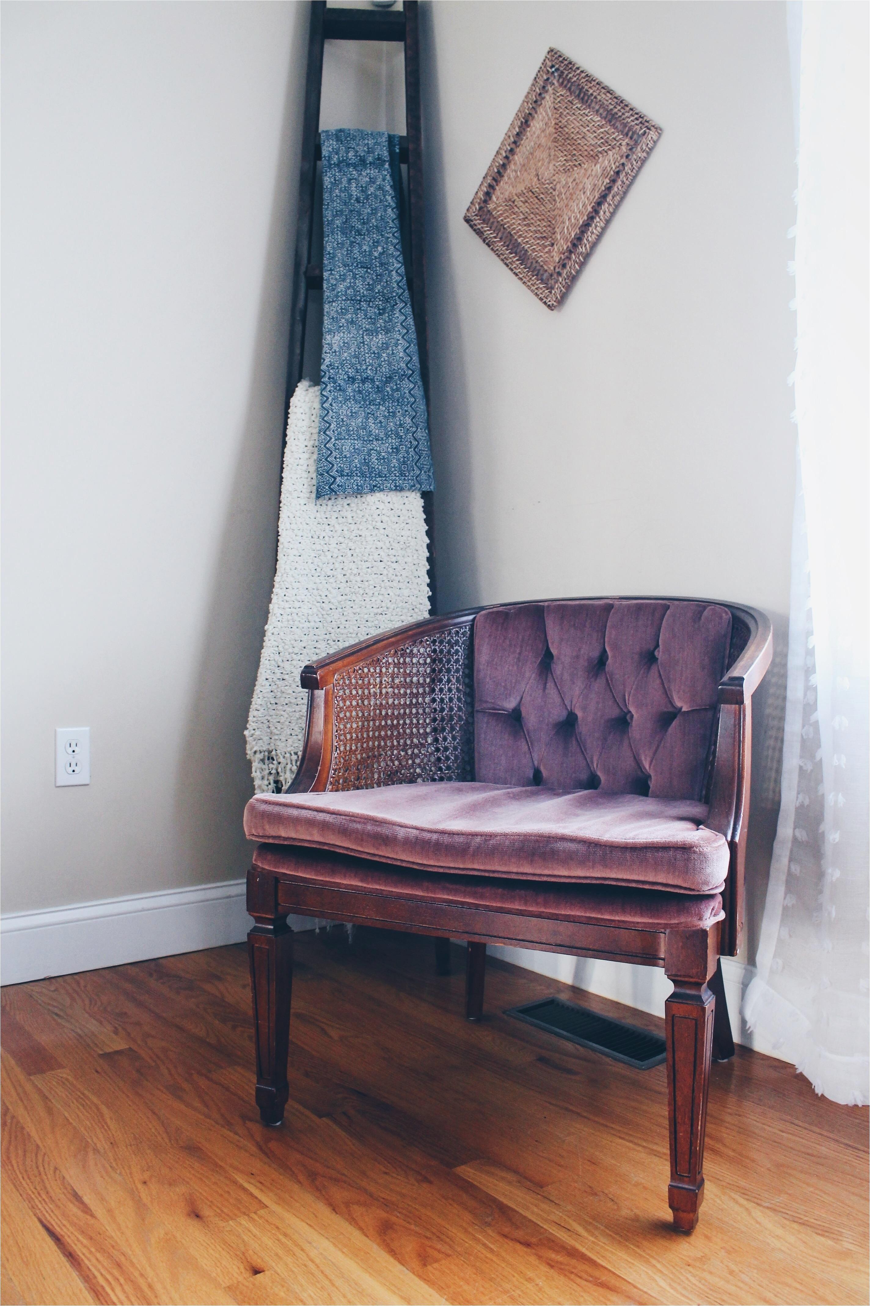 luxury accent chairs under 100