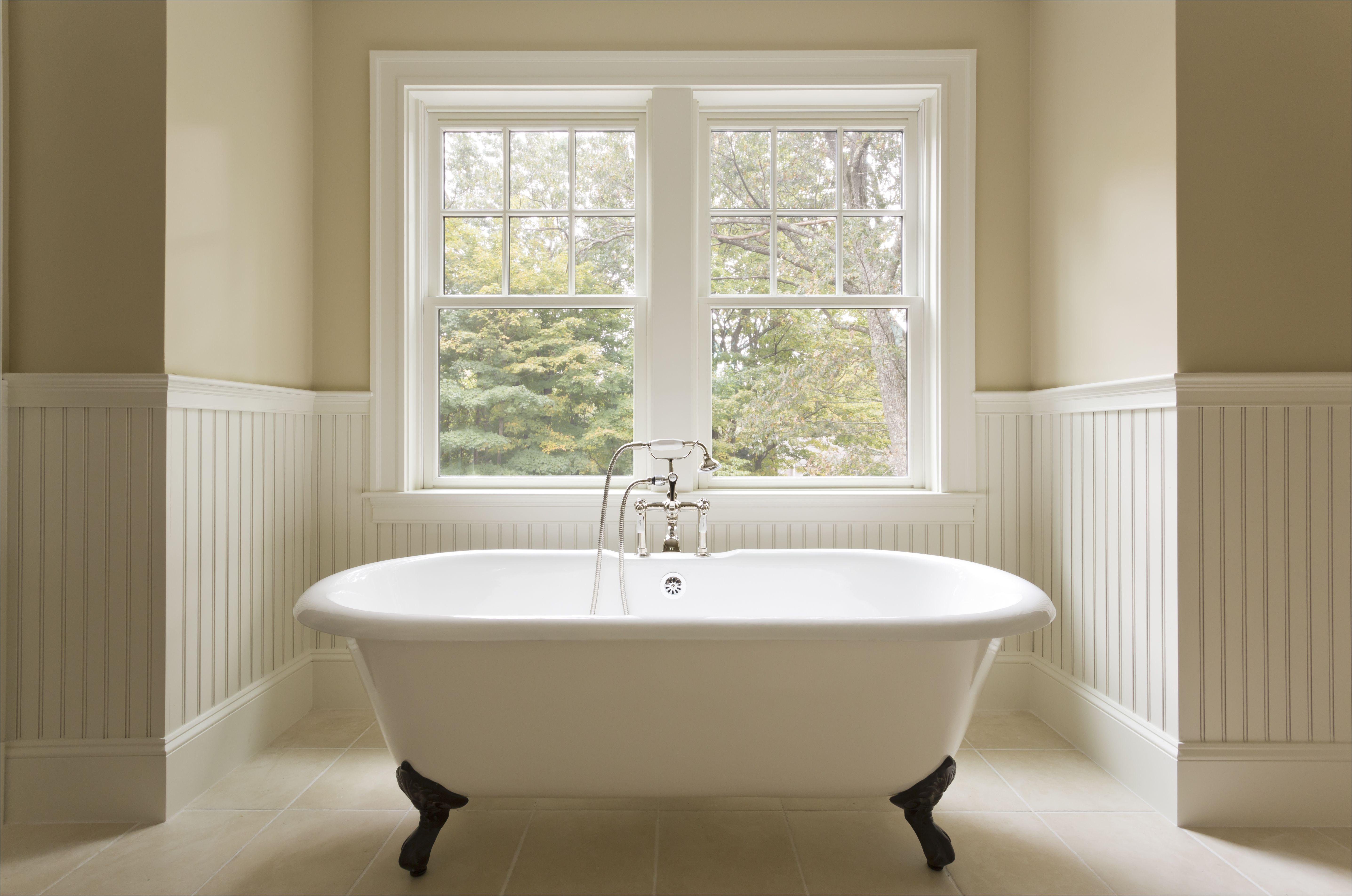 cast iron clawfoot bathtubs