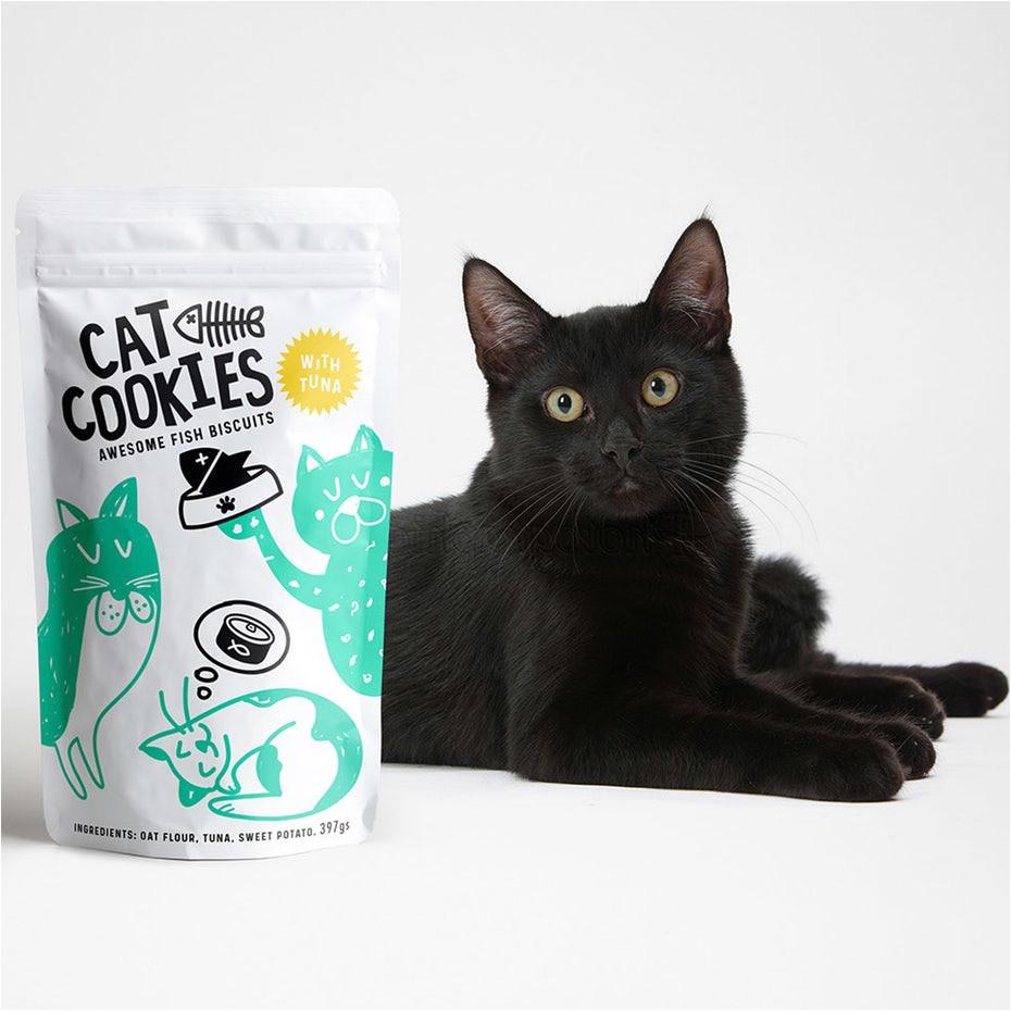cat cookies fish biscuits