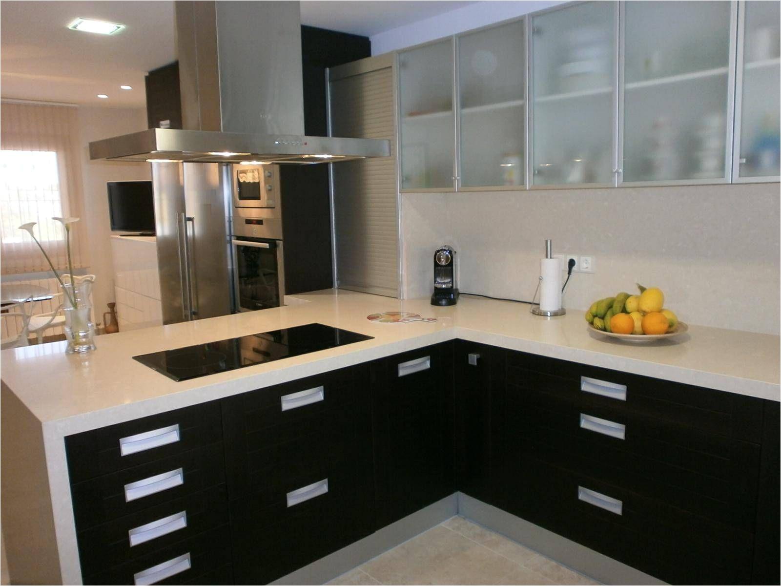 Diseños De Cocinas Pequeñas Y Sencillas Con Barra Cocinas Pequea as Modernas Impresionante Fotografia Imagen El Derecho