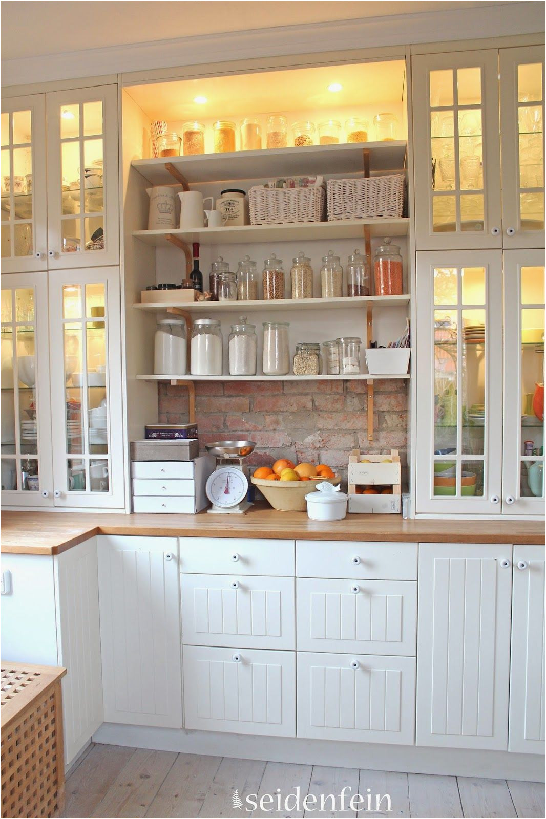 such a charming kitchen seidenfeins dekoblog kuchen make over little kitchen make over