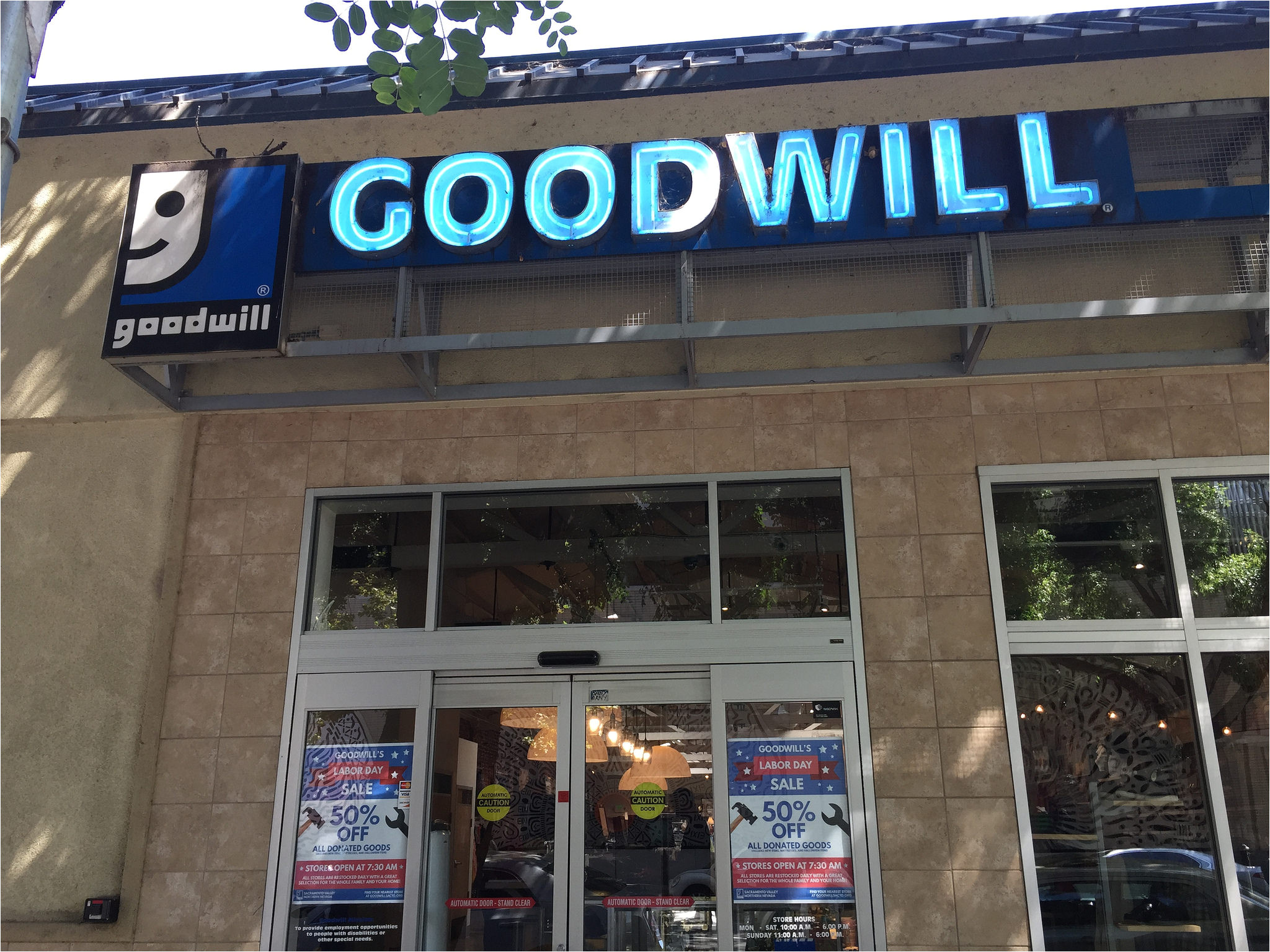 Goodwill Furniture Donation Pick Up Sacramento Adinaporter
