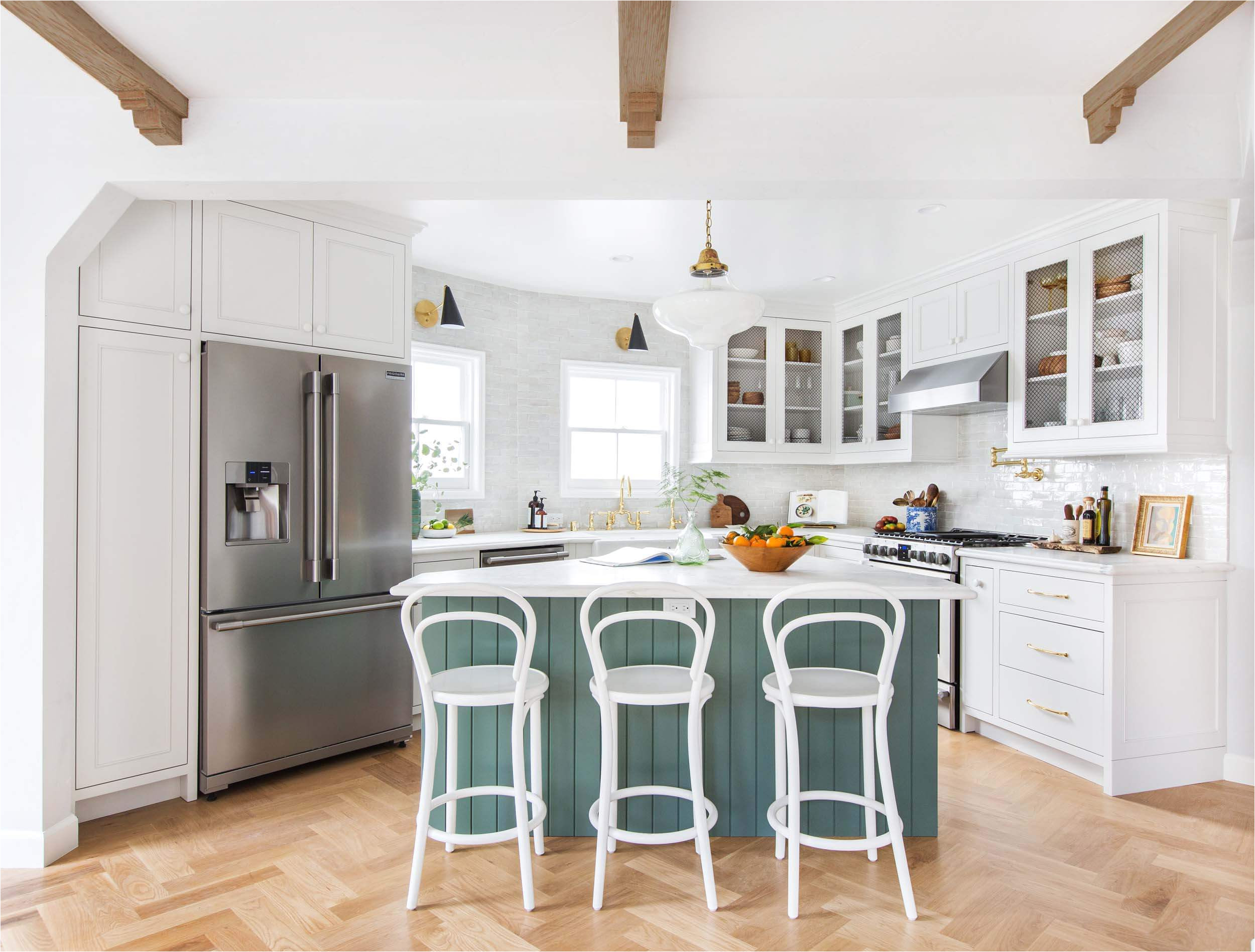 emily henderson frigidaire kitchen reveal waverly english modern edited beams 121
