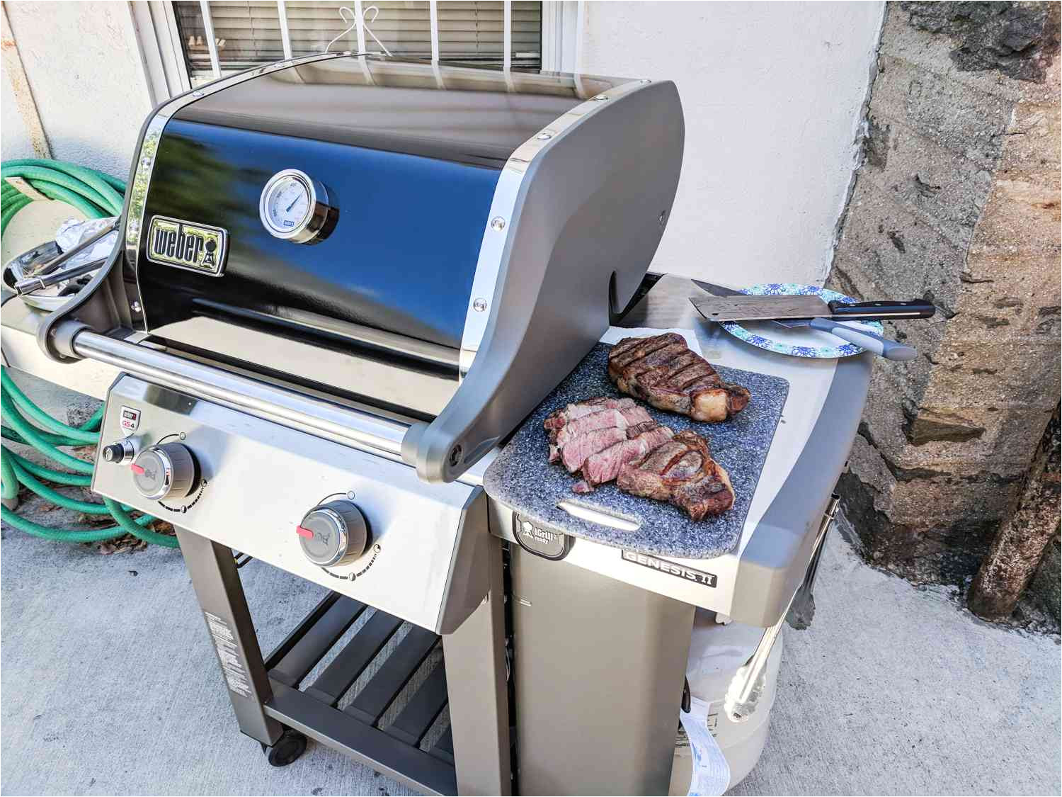 our testers thought this model was a great grill for any home because it was durable easy to clean and didn t take up too much space