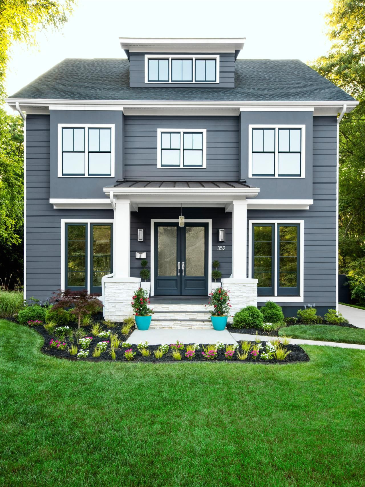 house is foggy day by sherwin williams doors and trim are knight sarmor by ppg the voice of color and trim is snowbound by sherwin williams
