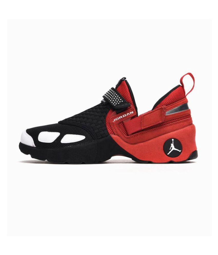 jordan trunner lx black training shoes
