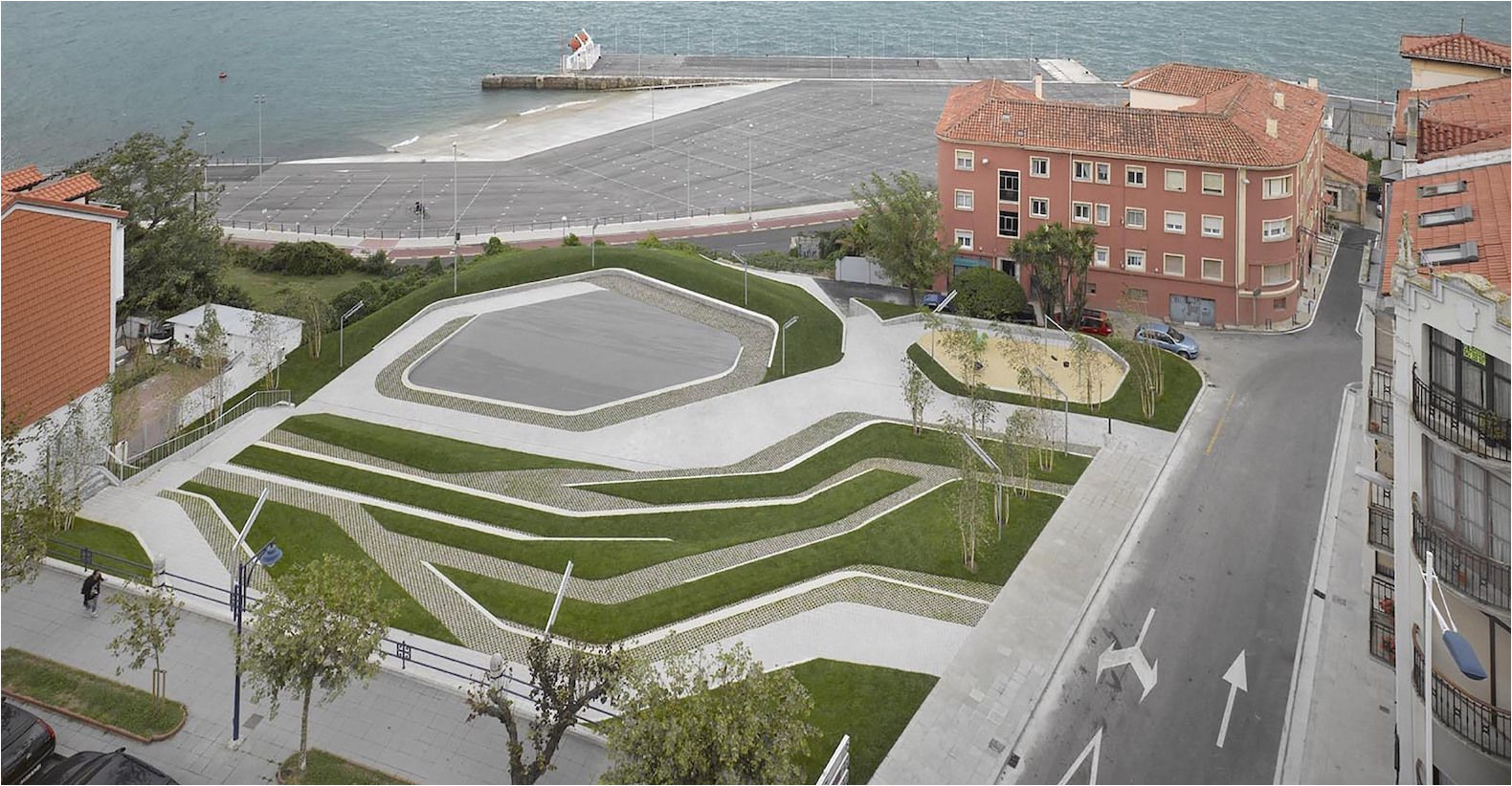 stormwater savvy urban park turns permeable paving into a beautiful design asset