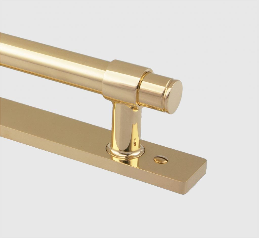 our modern 6527 m pull is a handsome solid brass pull for use on larger cabinet doors and drawers it is also well suited for use in back to back