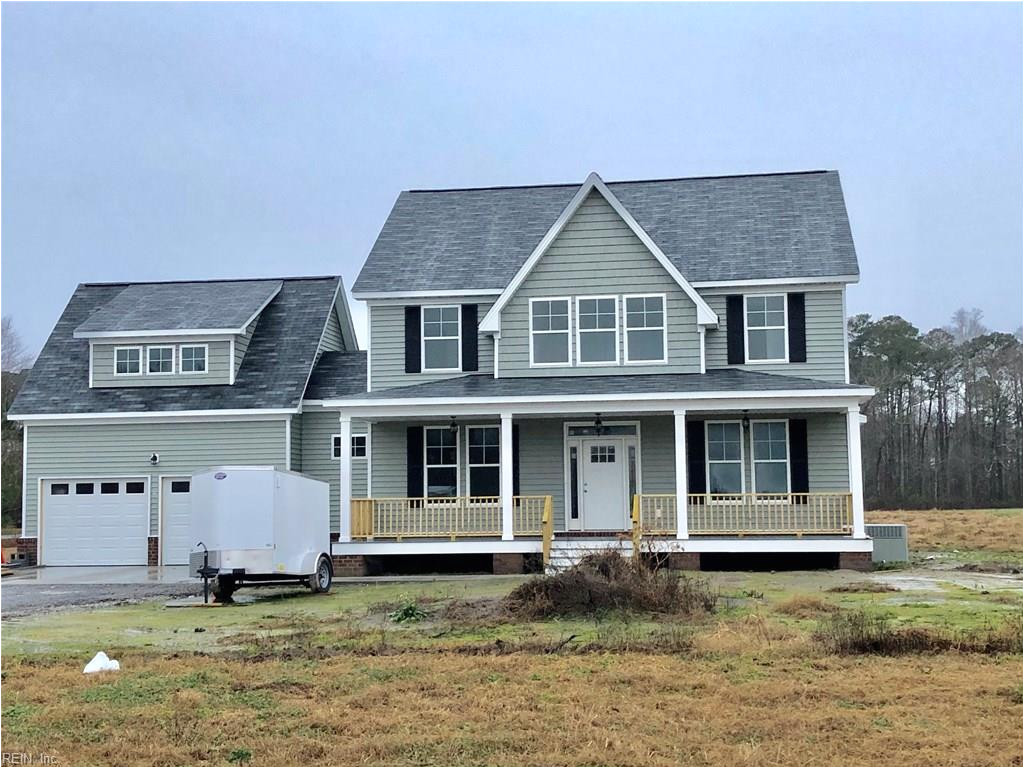 new construction on a prime 2 5 acre lot this is a true 5 bedroom home