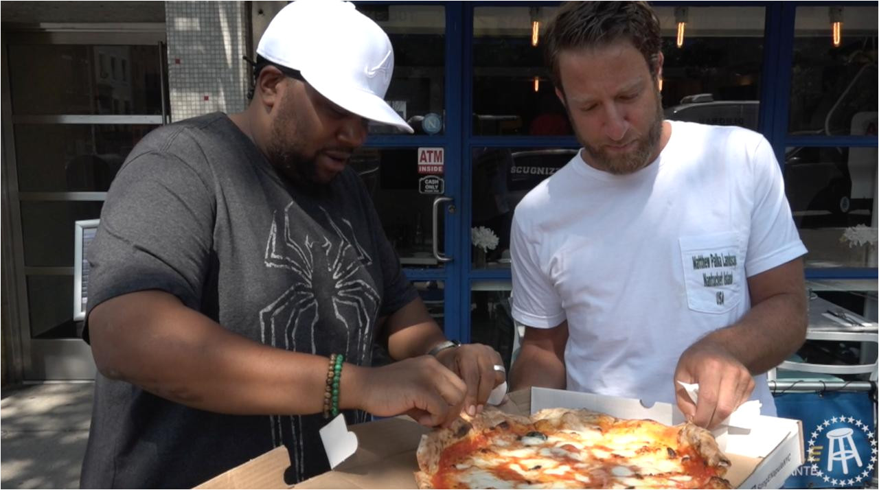 barstool pizza review song e napule pizzeria with special guest kenan thompson barstool sports