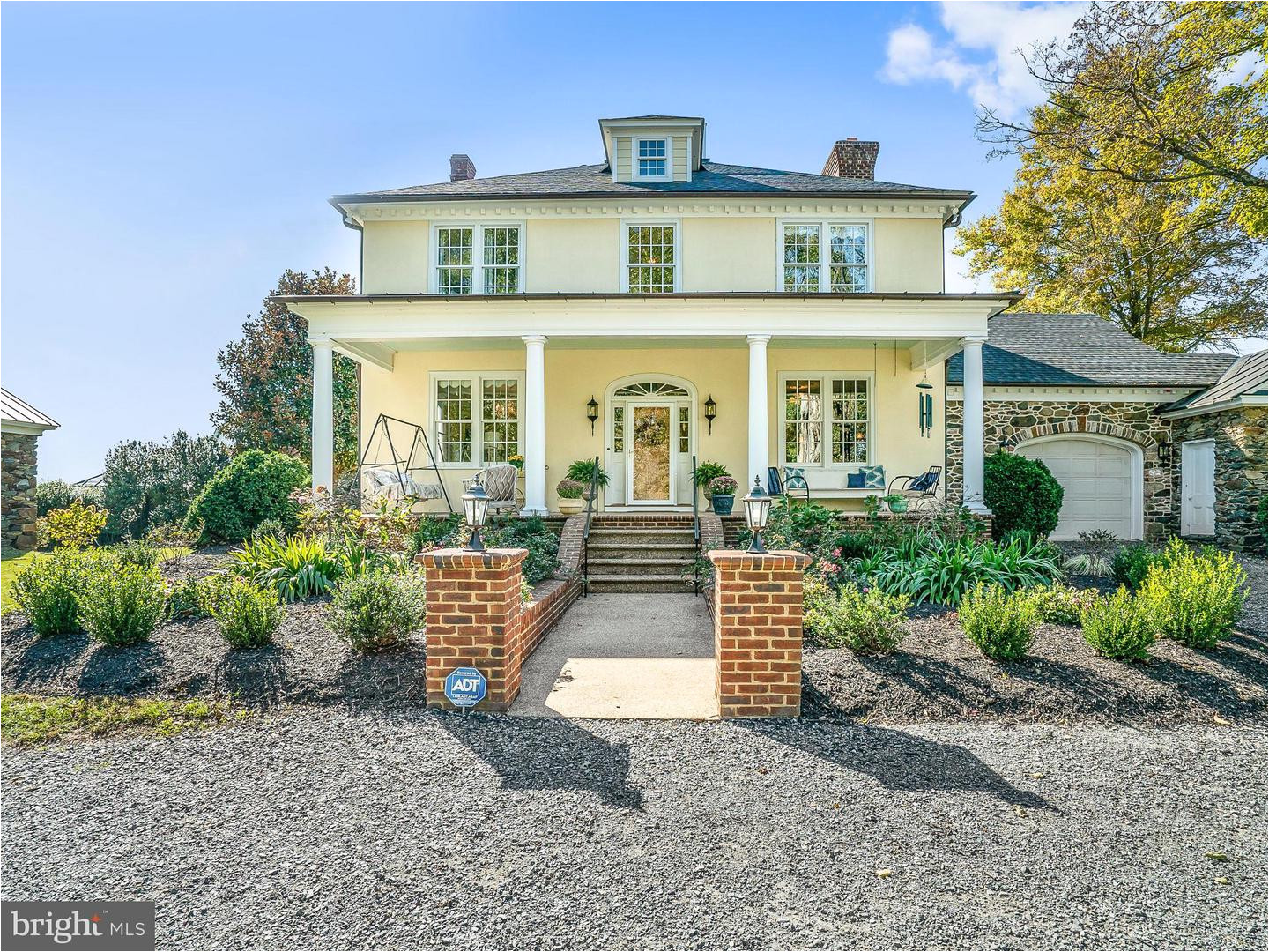 single family home for sale at 35175 snickersville tpke 35175 snickersville tpke round hill virginia