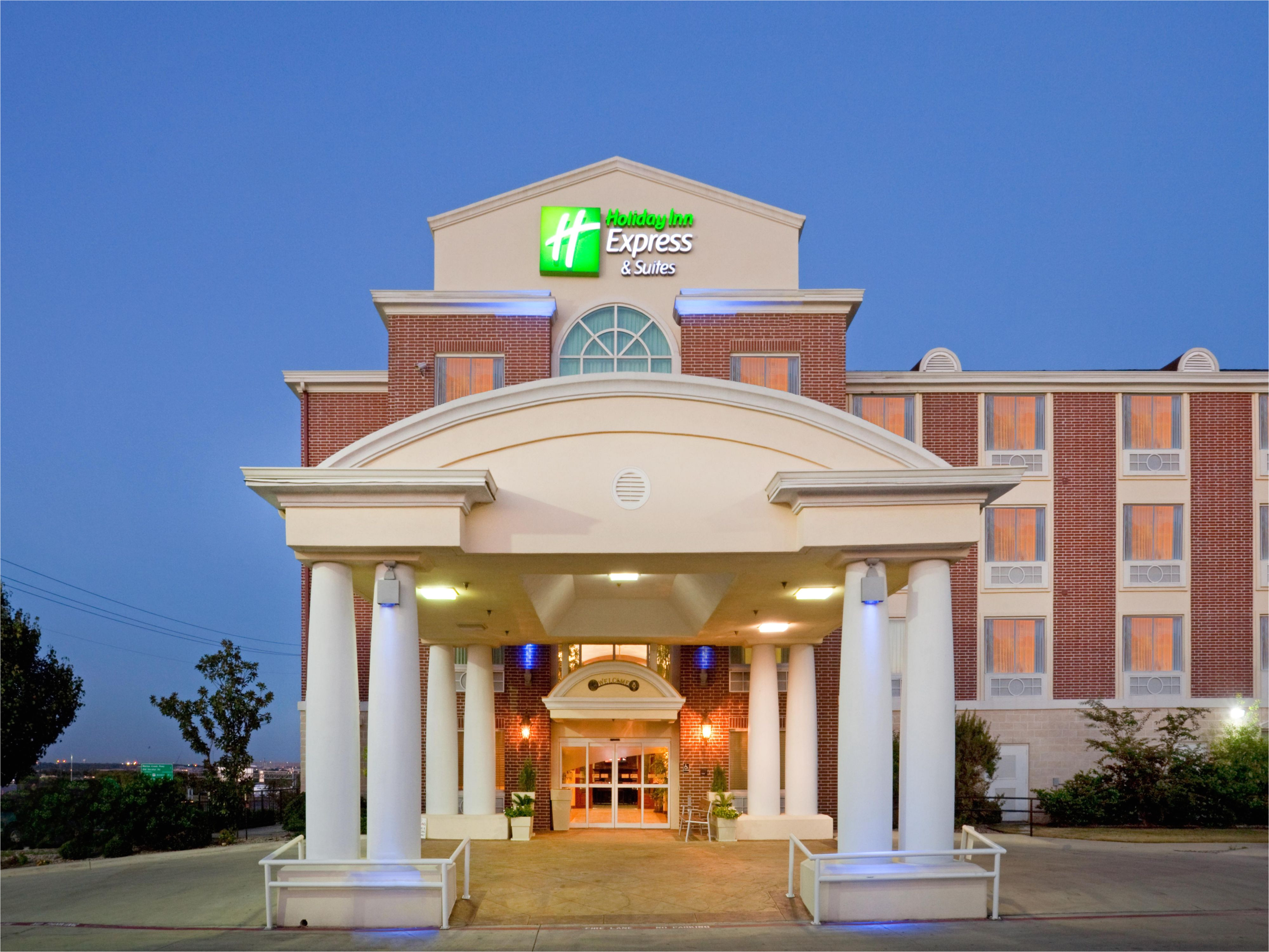 holiday inn express and suites fort worth 4190583284 4x3